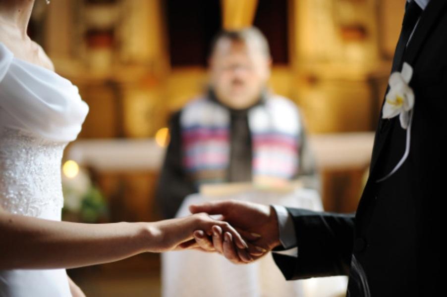 Rimborso assegno divorzile: Diritto al rimborso se l'ex si risposa in segreto.