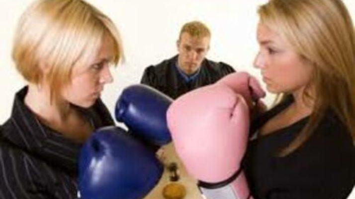 Pensione di reversibilità: tra ex moglie divorziata e seconda moglie